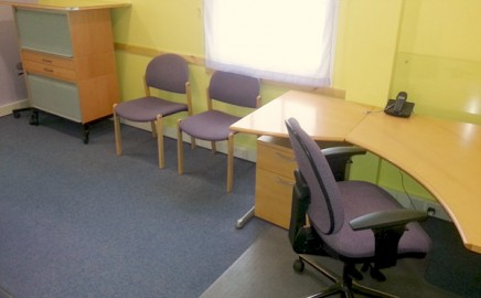 Modern consulting medical room rental facilities